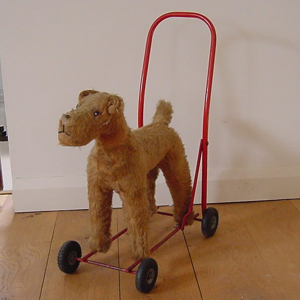 Triang Dog on Wheels - Antique Decorative Items