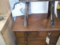 victorian chest of drawres